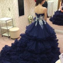 提携ドレスショップのドレス。