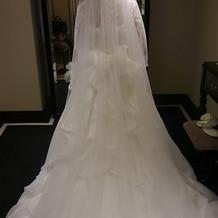 ドレスとマリアベールに一目惚れしました。