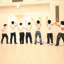 余興のダンス。