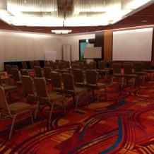 9階の披露宴会場・部屋毎に照明が違う