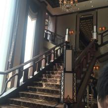 この階段を使って前撮り可能