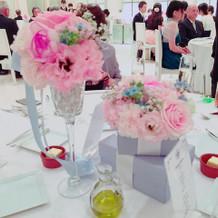 2種類にして頂いたゲストテーブル装花です