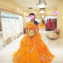 カラードレス オレンジ