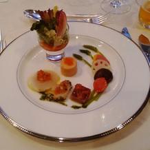 前菜から満足!高級感がすごかったです。
