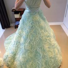 本番カラードレス