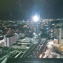 会場からの夜景です。