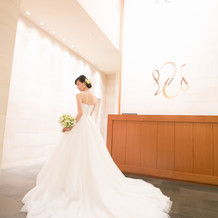 通常料金+12万の白ドレス