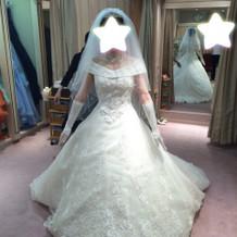 Aラインのドレス!