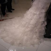 ドレスの長さ(通路の幅)