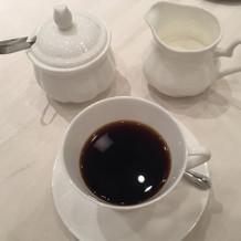 食後にはコーヒーもいただきました