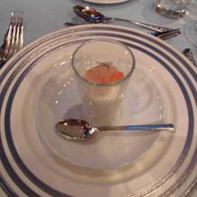 冷前菜 カリフラワーのブラマンジェ