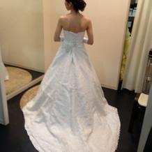 白ドレスの種類も豊富でした。