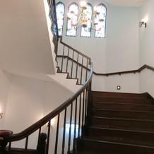 階段が素敵ですが、エレベーターもほしい所