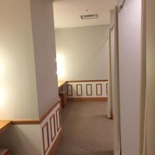 ゲストの更衣室が3つ並んでいる