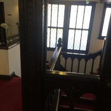 二階の踊り場は全ての部屋と繋がっています