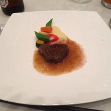 特選国産牛フィレ肉のポワレ