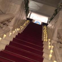 チャペルへ行く階段。