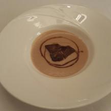 フォアグラのスープ。美味しいです。
