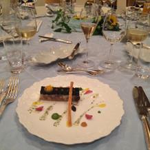アブルーガという珍しい食材を使った前菜
