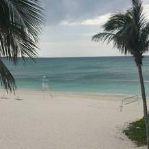 目の前のビーチ