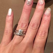 婚約指輪はブルガリ。結婚指輪はショーメ。