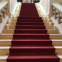 大階段のバージンロード