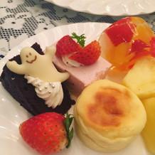 かわいいハロウィン仕様のデザート