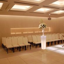 教会内部。