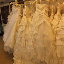 衣装室のドレス