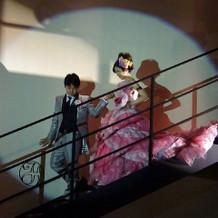 階段を使った演出。