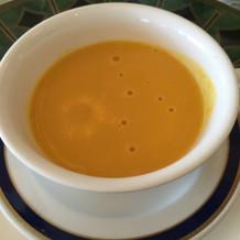 季節の野菜のスープ