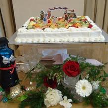ケーキはクリスマスらしく