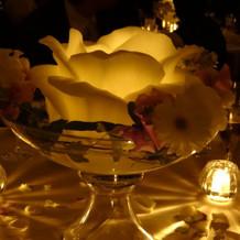 テーブル中央にもキャンドルライト