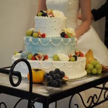 要望の詰まったウェディングケーキ。
