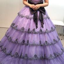 カラードレスは家族の意見で決まりました。