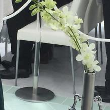 バージンロードの花