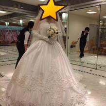 大体15万程のドレス