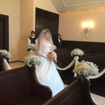 模擬挙式の花嫁入場