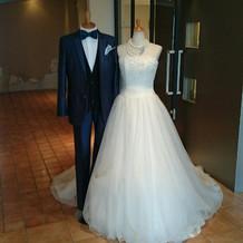 フェアで展示されていたドレス
