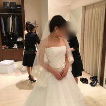 提携ショップで借りたウェディングドレス