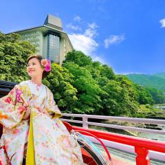美しいリゾート箱根の入口にあるグランドリゾート 湯本富士屋ホテルで叶える生涯心に残るアットホームウエディングスタイル。