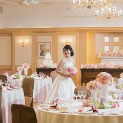 バンケットルーム「光琳」 かわいらしいこーディナーとでアットホームなウエディングが人気のお部屋です