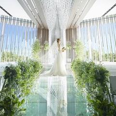 緑あふれるナチュラルな空間で神聖な結婚式を