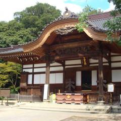 縁結びとして有名な「深大寺」