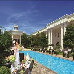 壮大なチャペル、ガーデン、パーティルーム全てがお二人の貸切!
