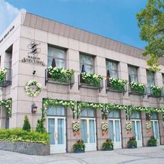 恵比寿駅徒歩5分の好立地。広尾の邸宅レストランを貸切で叶うウェディング