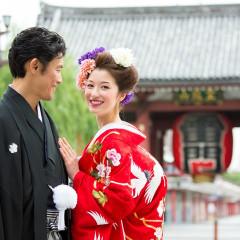 美しい和装が映えるのも浅草の街ならではです♪ ロケーションフォトも承っております。浅草の町が舞台の写真を残しませんか?