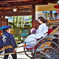 外式ご希望のお客様は京都の街並を人力車で移動できるプランも有り。前撮りなどのお写真で記念に残すことができる!