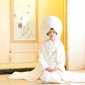 ご親族様がゆっくりと寛げる控室をご用意。ご披露宴の後に温泉に入れるのも魅力の一つ☆ご宿泊も可能なので遠方ゲストも安心!