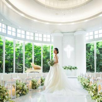 《チャペル リュヴェール》自然美に祝福される開放的な空間は、ゲストからも好評!